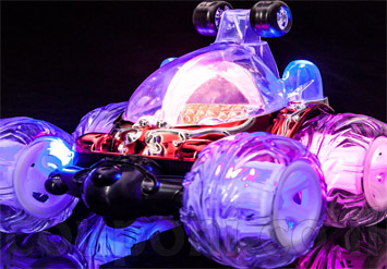 מכונית על שלט רחוק סופר טורבו רייסר! מכונית פעלולים אקסטרים בעלת תאורת לד, אורות וגלגלים מתהפכים 360 מעלות! רק ב49 ש