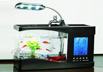 השולחן משעמם אתכם? אקווריום שולחני מדהים הכולל תאורת לדים, מזרקה,שעון דיגיטלי ומעמד לכלי כתיבה ב148 ש