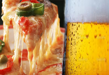 הבר הכי גדול בפלורנטין בדיל לפיצה + 2 תוספות + 1/2 ליטר בירה...