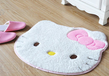 שטיח הלו קיטי לאמבטיה או לחדר הילדים נעים, מחמם ואיכותי במיו...