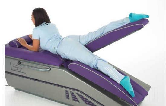 שעה של התעמלות במכשירים ממונעים לחיזוק ושיפור תפקודי הגוף ב95 ש