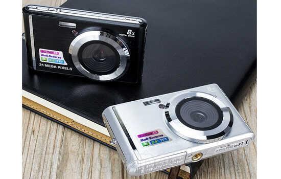 מצלמה דיגיטלית איכותית 21 מגה פיקסל! עם זום דיגיטלי והסרטה ב299 ש